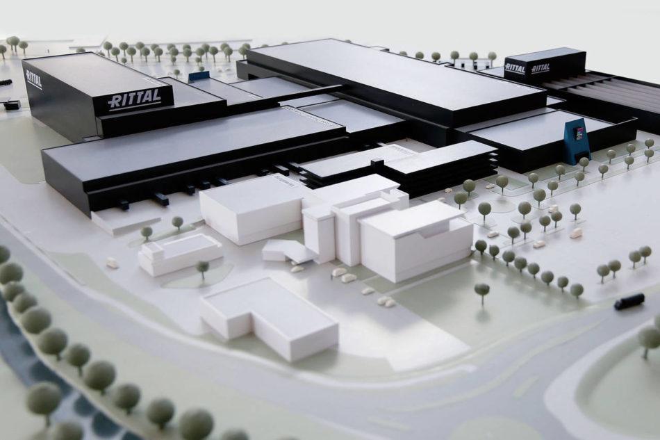 Rittal investe 250 milioni di euro per una nuova fabbrica automatizzata