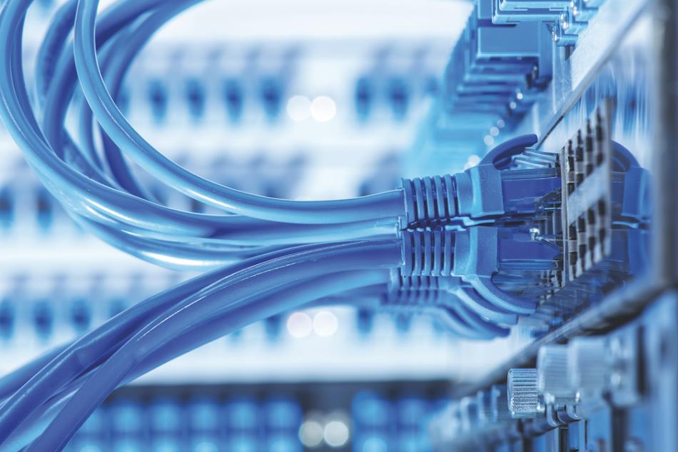 PoE, dati e alimentazione sullo stesso cavo Ethernet
