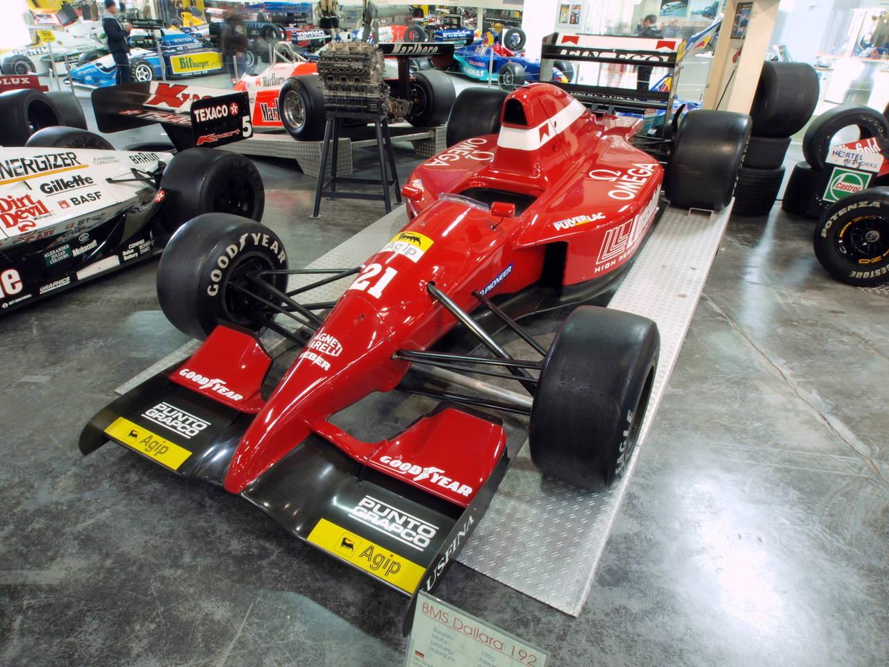 1992_BMS_Dallara_192_pic2
