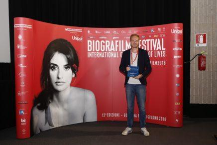 Biografilm 2016 Best Unipol Award vince A FAMILY AFFAIR ritira il regista Tom Fassaert ph Roberto Baglivo