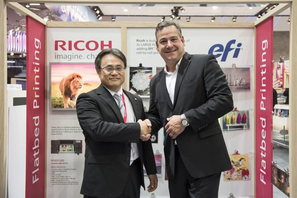 Ricoh: partnership con EFI Vutek per il flatbed