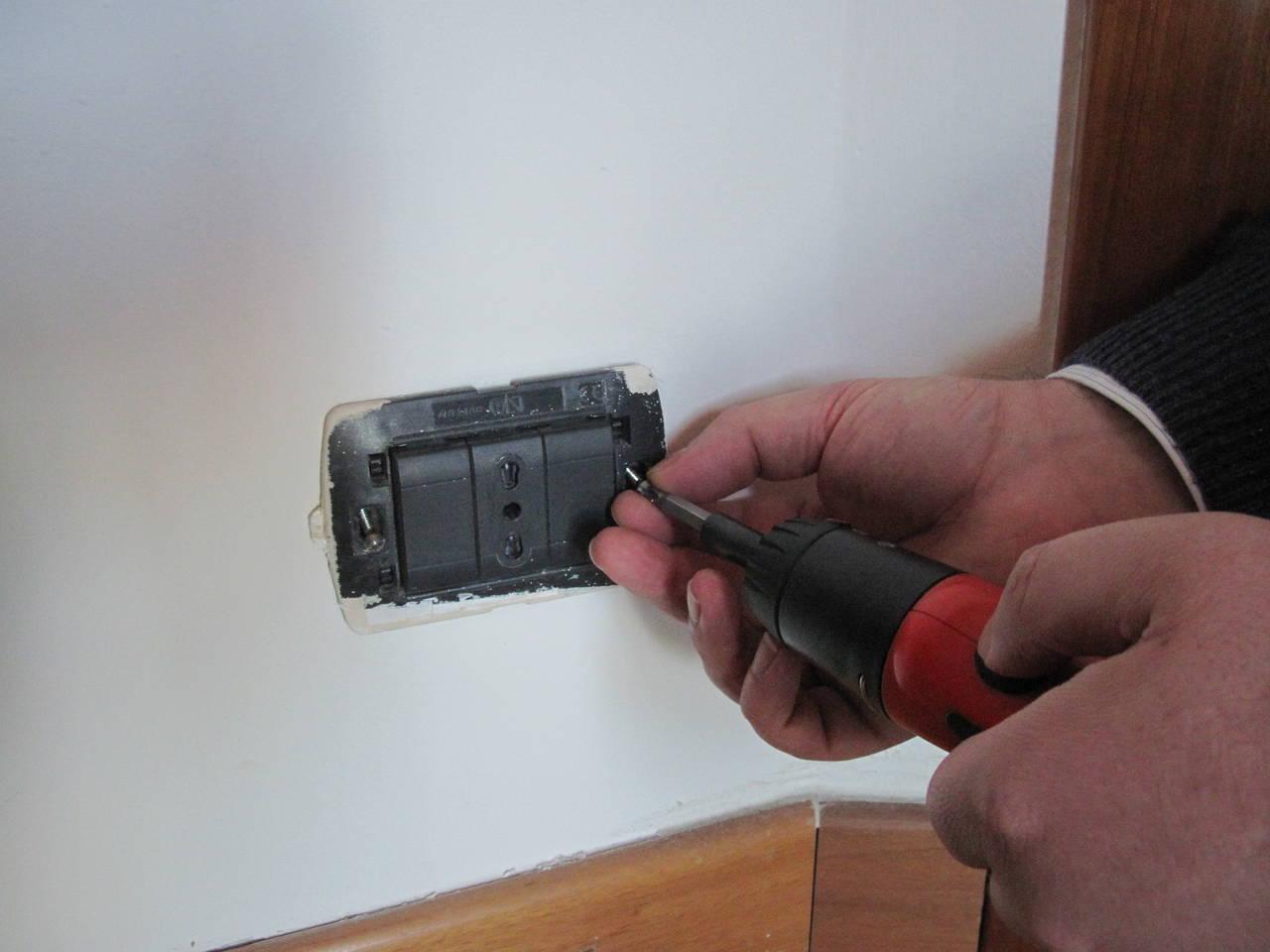 Come sostituire le prese elettriche