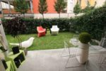 Verde stabilizzato nello spazio esterno dell'Experience Design, boutique hotel in via Tortona a Milano