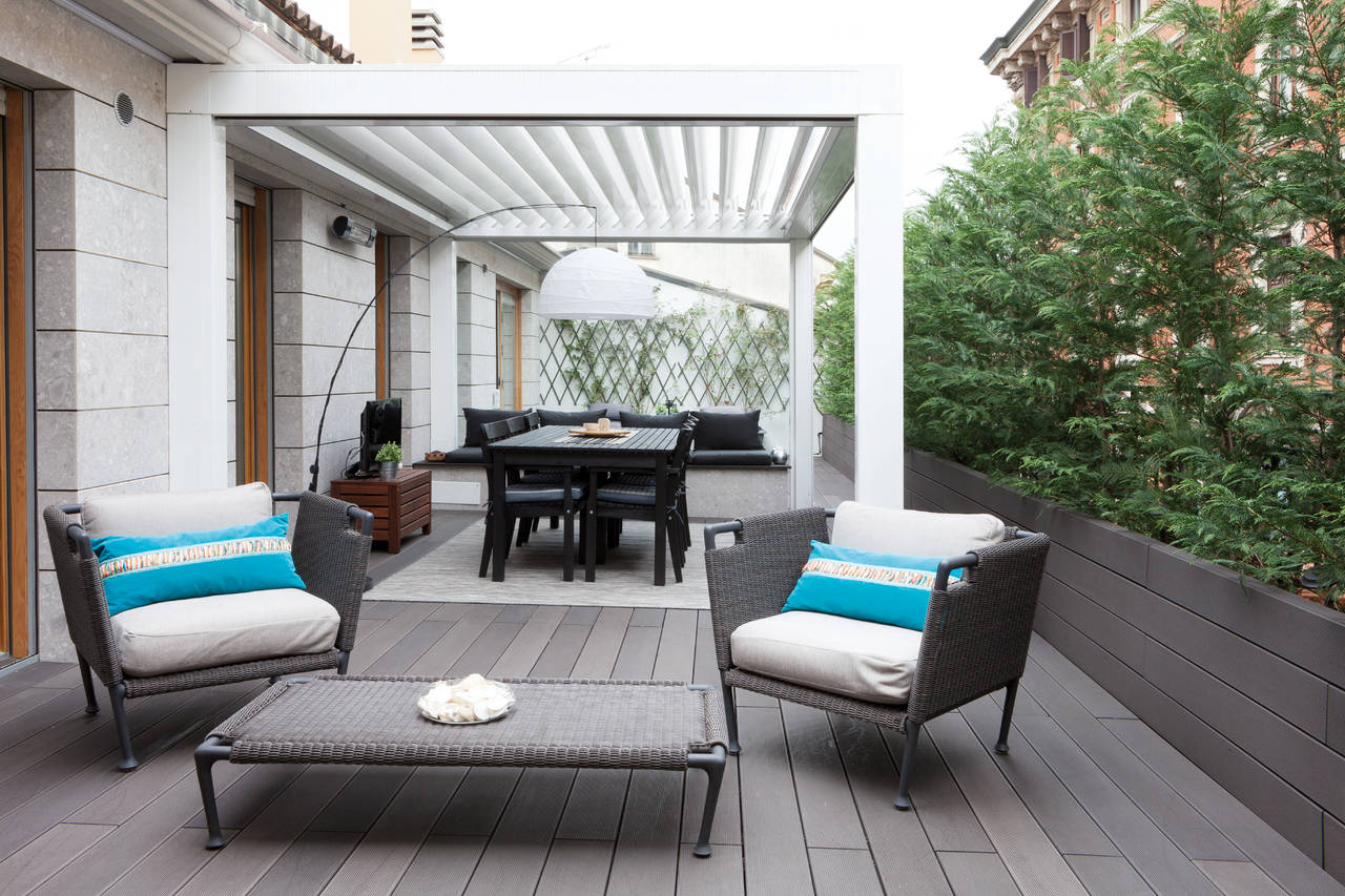 Esterno giorno in terrazzo come ristrutturare la casa - Terrazzi di design ...