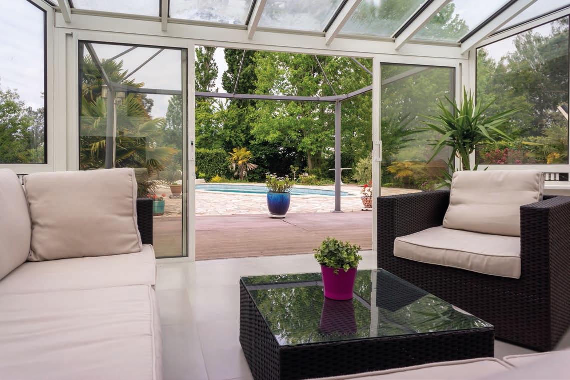 Veranda sul balcone: quando si può fare