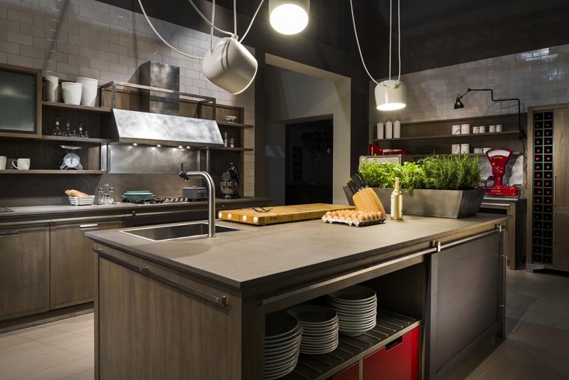 Un 39 aria molto vissuta ambiente cucina for Riviste di arredamento cucine