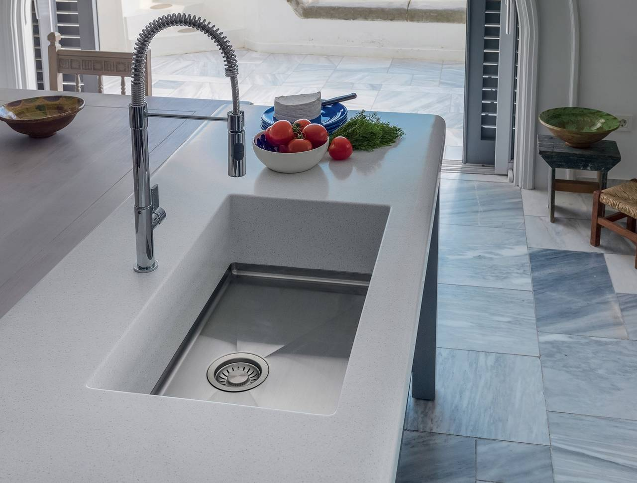 Lavello Cucina Una Vasca Grande i nuovi piani di lavoro su misura firmati franke