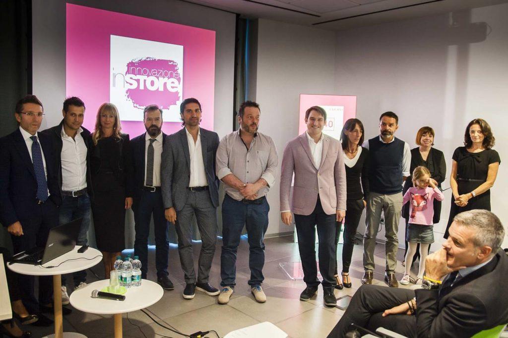 """La rosa dei 12 finalisti alla prima edizione del contest """"Innovazione in store"""" promosso da Ambiente Cucina"""