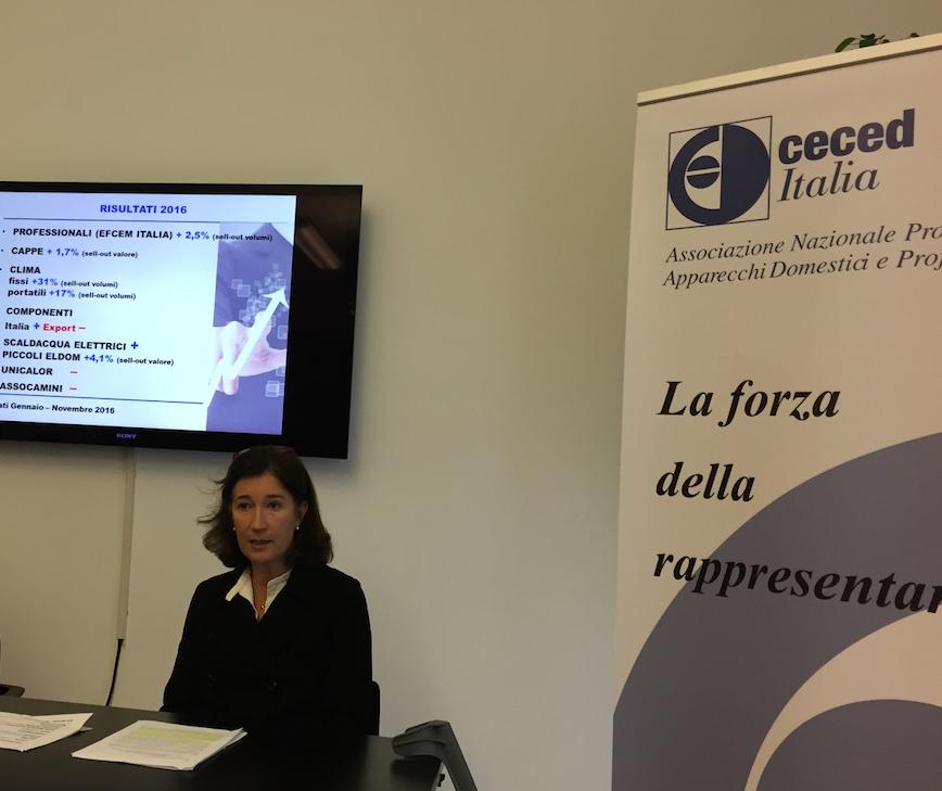Manuela Soffientini, presidente di Ceced Italia, durante la conferenza stampa del 13 dicembre 2016
