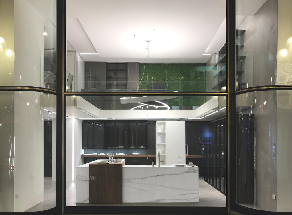 In vetrina Vesta, una delle ultime creazioni che ha registrato un grande successo all'ultima edizione di Eurocucina 2016