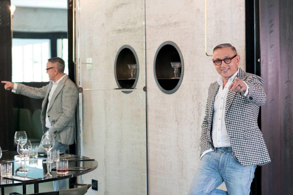 """Testimonial del brand Franke, Bruno Barbieri è il protagonista dell'appuntamento """"Icon design talks"""", sabato 8 aprile, 4 pm, presso la nuova sede Microsoft di viale Pasubio 21"""