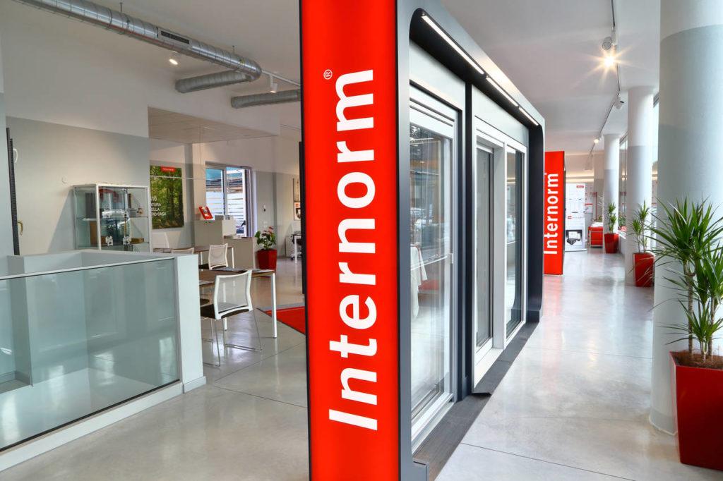 Il nuovo Flagship Store Internorm a Bolzano, vista interno