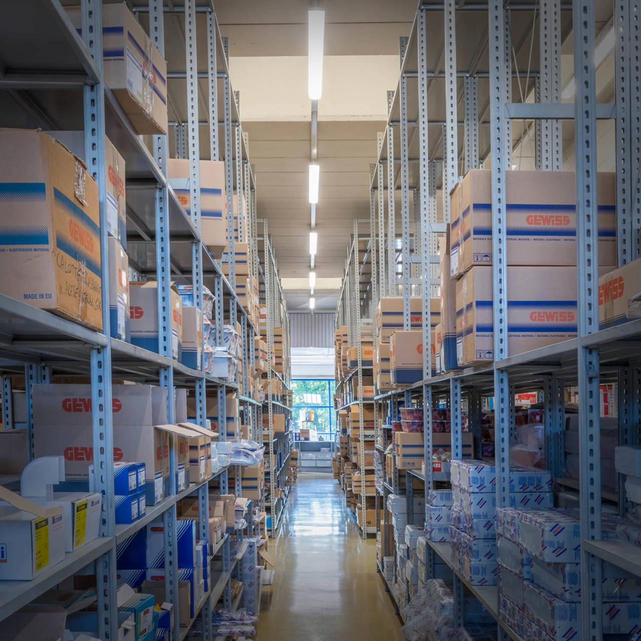 Prodotto di successo del 2016 sono le plafoniere a LED Smart[3]