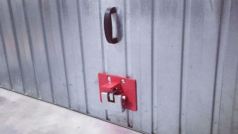 Ellelock gruppo di fissaggio per serrande basculanti - Proteggere basculante garage ...