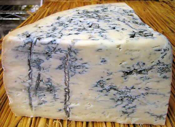 Gorgonzola, the cheese that lives - 50.9KB