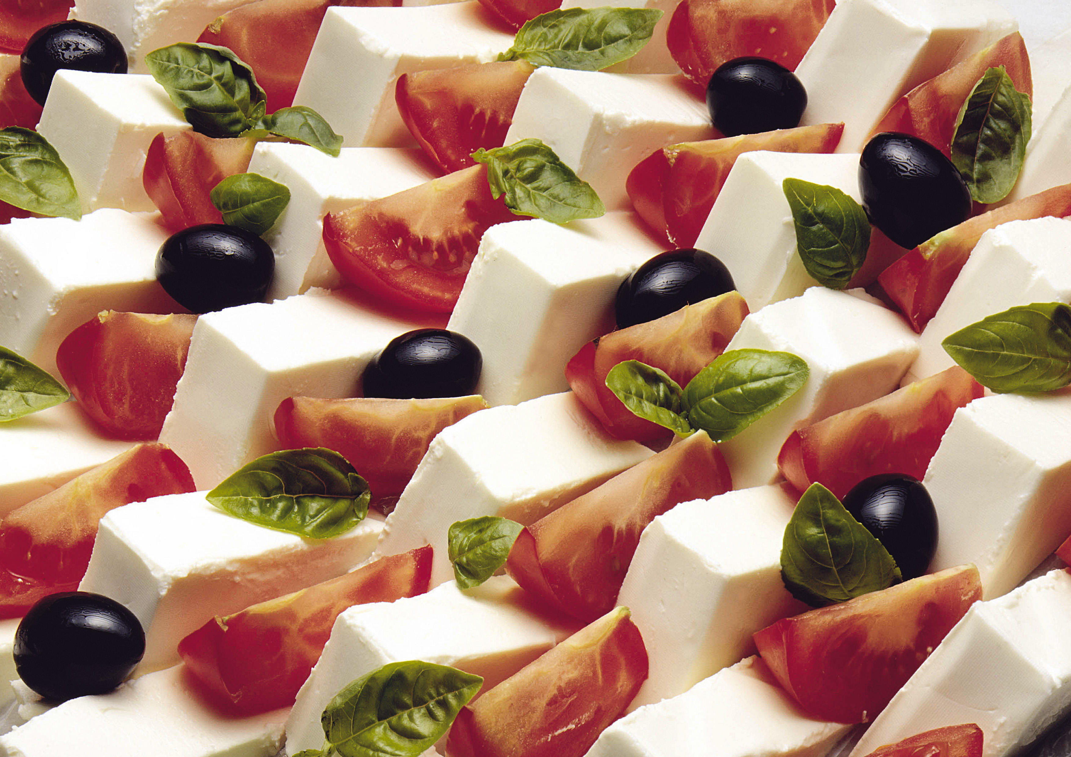 Italian food outdoes transport in foreign trade | Italian
