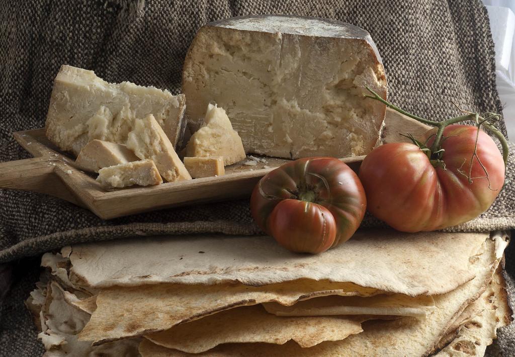 Fiore sardo, pomodori e fresa GAVOI (193)