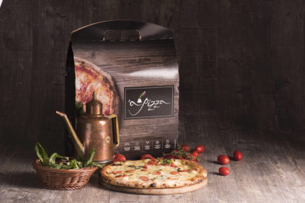 'A Pizza, the real Neapolitan pizza cooked in wood-fired oven and frozen