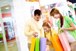 shopping_acquisti_spesa_famiglia_bambini
