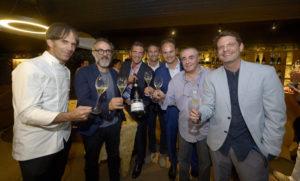 Brindisi Ferrari a Casa Italia con gli chef Davide Oldani, Massimo Bottura, Paolo Lavezzini, David Hertz e il sommelier Danio Braga