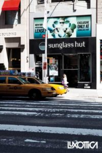 Un pdv Sunglass Hut