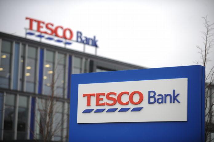 Gb: attacco hacker a Tesco Bank, colpiti 20 mila utenti