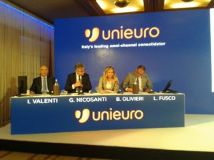 I top manager di Unieuro S.p.A. da sinistra: Italo Valenti, Chief Financial Officer; Giancarlo Nicosanti Monterastelli, amministratore delegato; Bruna Olivieri, Chief Omnichannel Officer; e Luigi Fusco, Chief Operating Officer