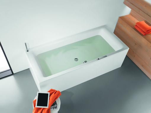 Sound Wave, un sistema bluetooth applicabile a tutte le nostre vasche da bagno che permette di diffondere musica proveniente da qualsiasi supporto compatibile con questo sistema (I-pod, tablet, pc ecc..). Un sistema che funziona sia a vasca piena che senz'acqua ed è quindi utilizzabile in ogni momento in cui si è all'interno del bagno e non solo quando si usa la vasca.