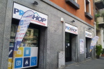 Proshop spiega i plus del drugstore