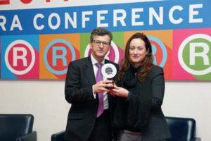 Grégoire Kaufman Direttore Merci e Marketing Carrefour Italia e Monica Grosso Professore Emlyon Business School