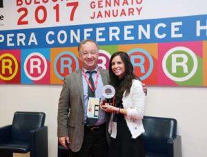 Marco Bordoli Amministratore delegato Crai Secom e Giulia Trombi Studentessa Esade Business school