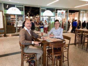 Elena Bacchini, direttore marketing Surgital, ideatrice e amministratore unico di Ca' Pelletti, con Salvatore Costa Pasqualino, direttore tecnico del progetto retail